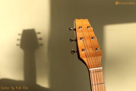 rob-guitar-1